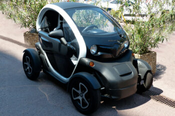 The Titan - 2.4kW wireless charging for Light Electric Vehicles LEVs